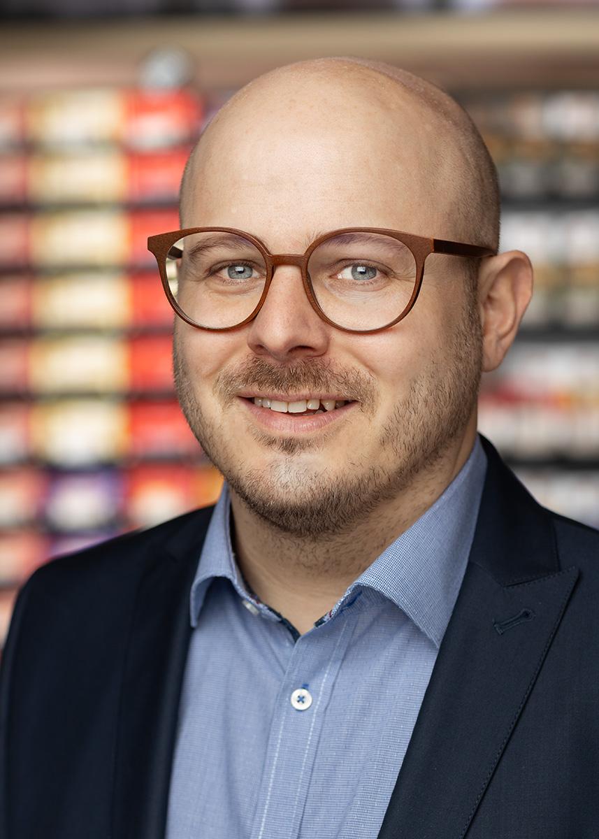Dr. Michael Dorn